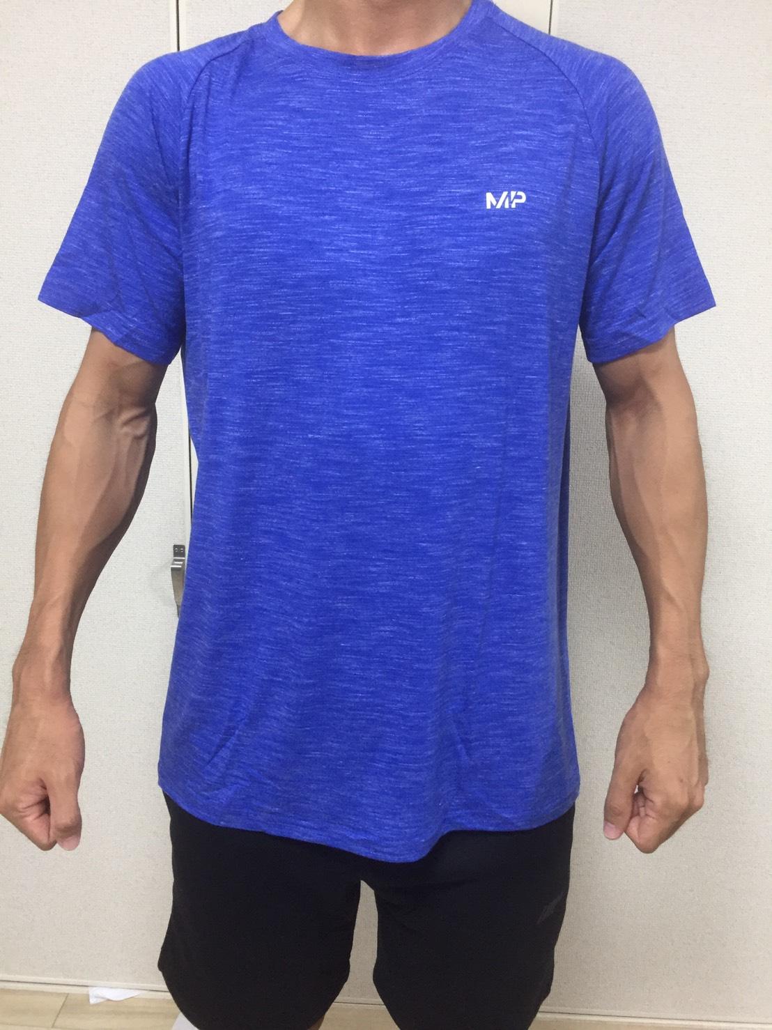 パフォーマンス Tシャツ