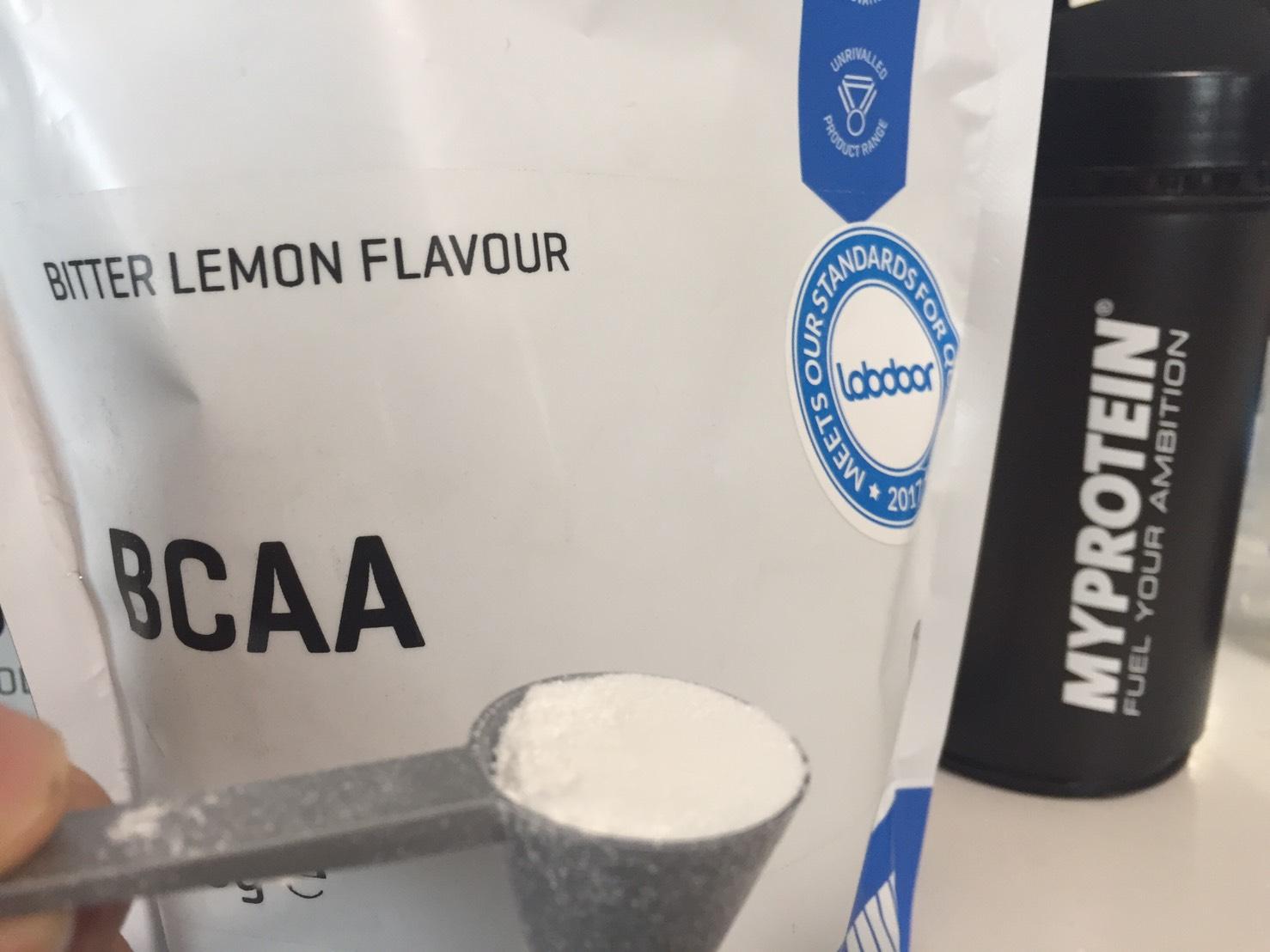 BCAA「ビターレモン味(BITTER LEMON)」摺り切り一杯
