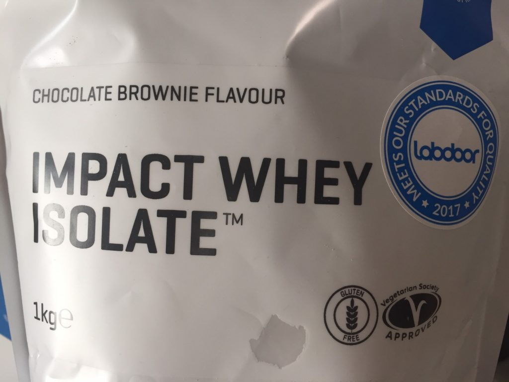 【WPI】IMPACT 分離ホエイプロテイン (アイソレート)「CHOCOLATE BROWNIE FLAVOUR(チョコレートブラウニー味)」