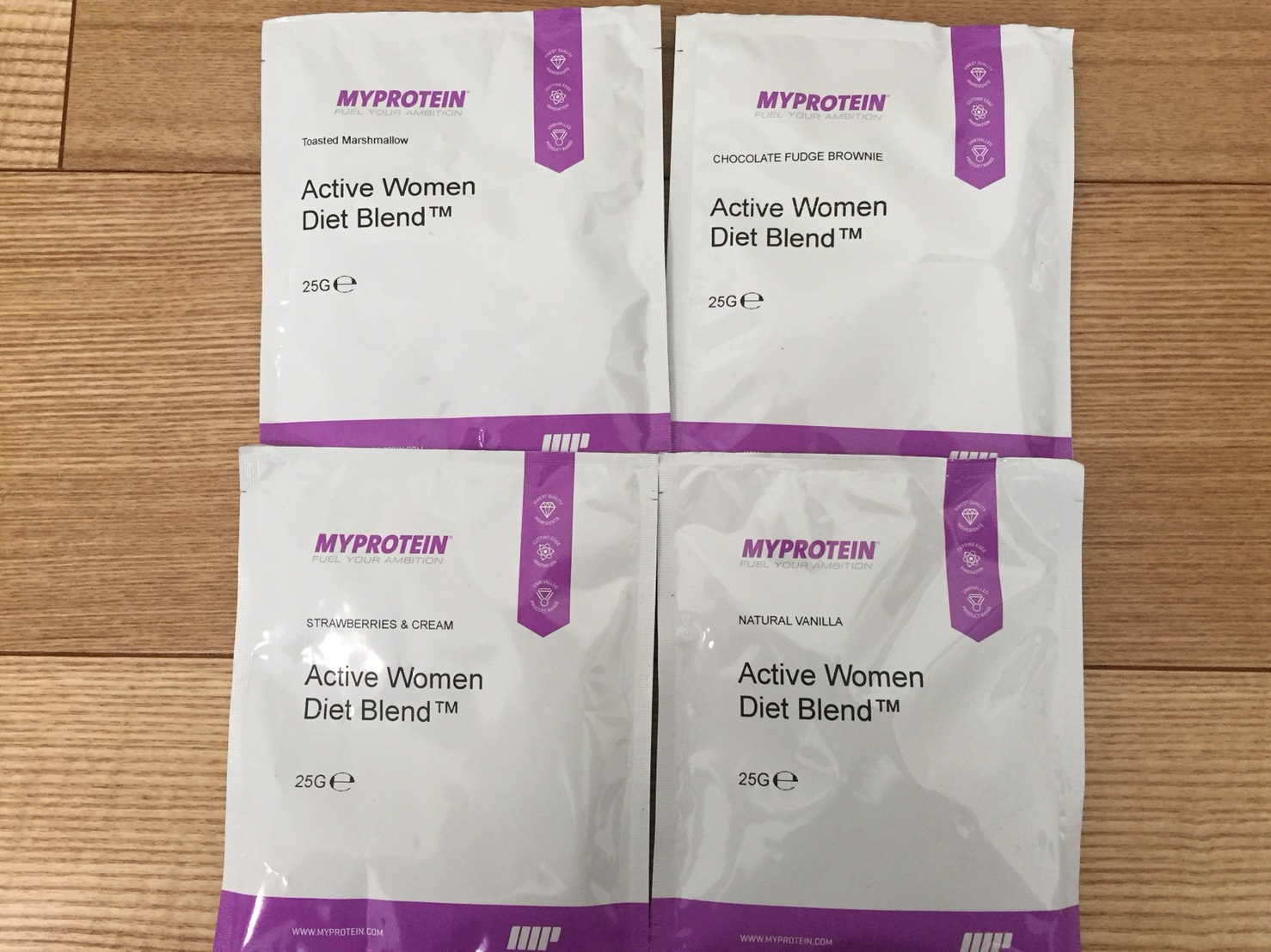 マイプロテインの「Active Women Diet Blend(アクティブウーマンダイエットブレンド)」の成分表まとめ。