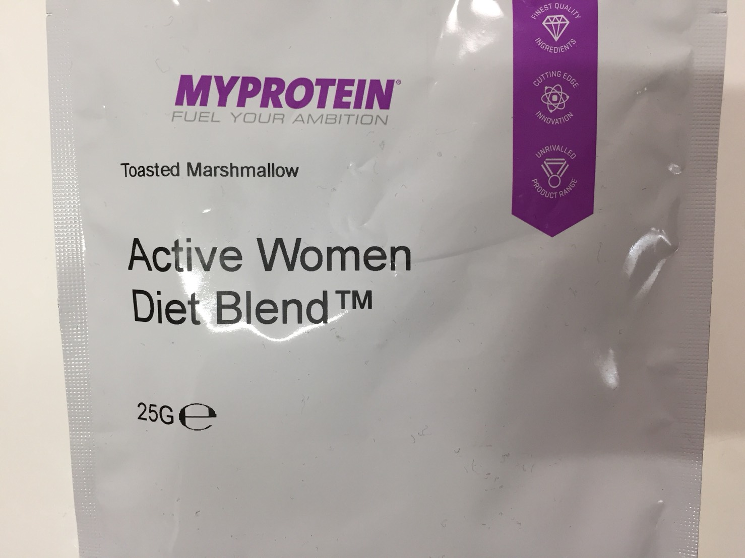 Active Women Diet Blend(アクティブウーマンダイエットブレンド)「Tosted Marshmallow(トーストマシュマロ味)」