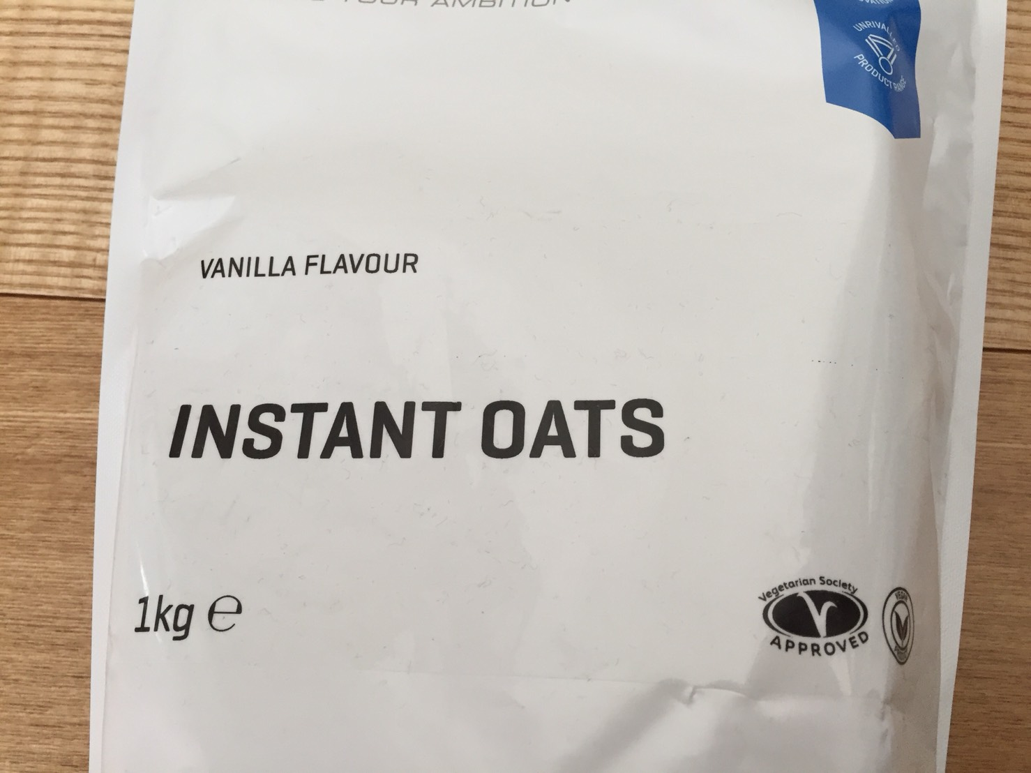 INSTANT OATS(インスタントオーツ)VANILLA FLAVOUR(バニラ味)の成分表