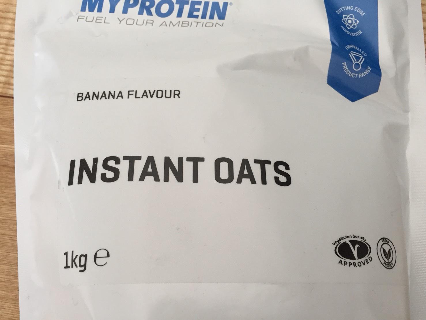 INSTANT OATS(インスタントオーツ)BANANA FLAVOUR(バナナ味)の成分表