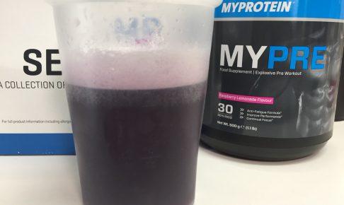 MYPRE(マイプレ)「Raspberry Lemonade Flavour(ラズベリーレモネード味)」を横から撮影した様子