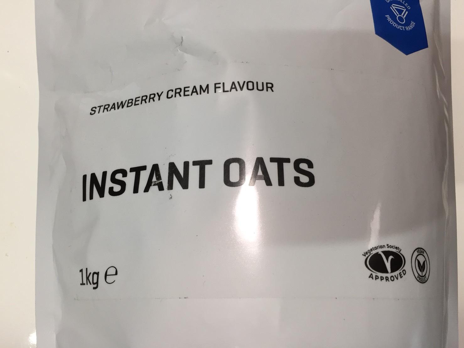 INSTANT OATS(インスタントオーツ)「STRAWBERRY CREAM FLAVOUR(ストロベリークリーム味)」