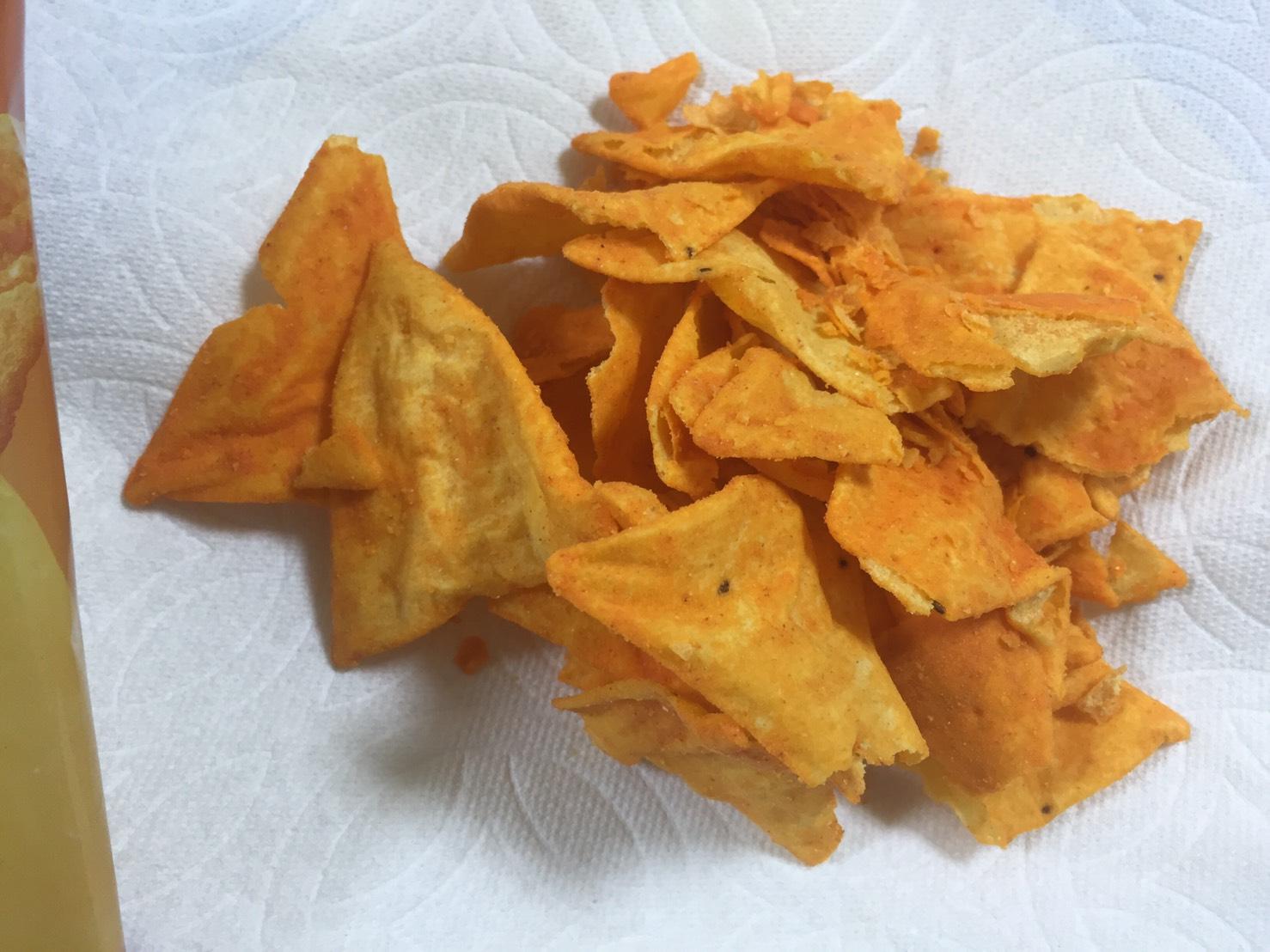 クエスト:プロテインチップス「ナチョチーズ味」の様子