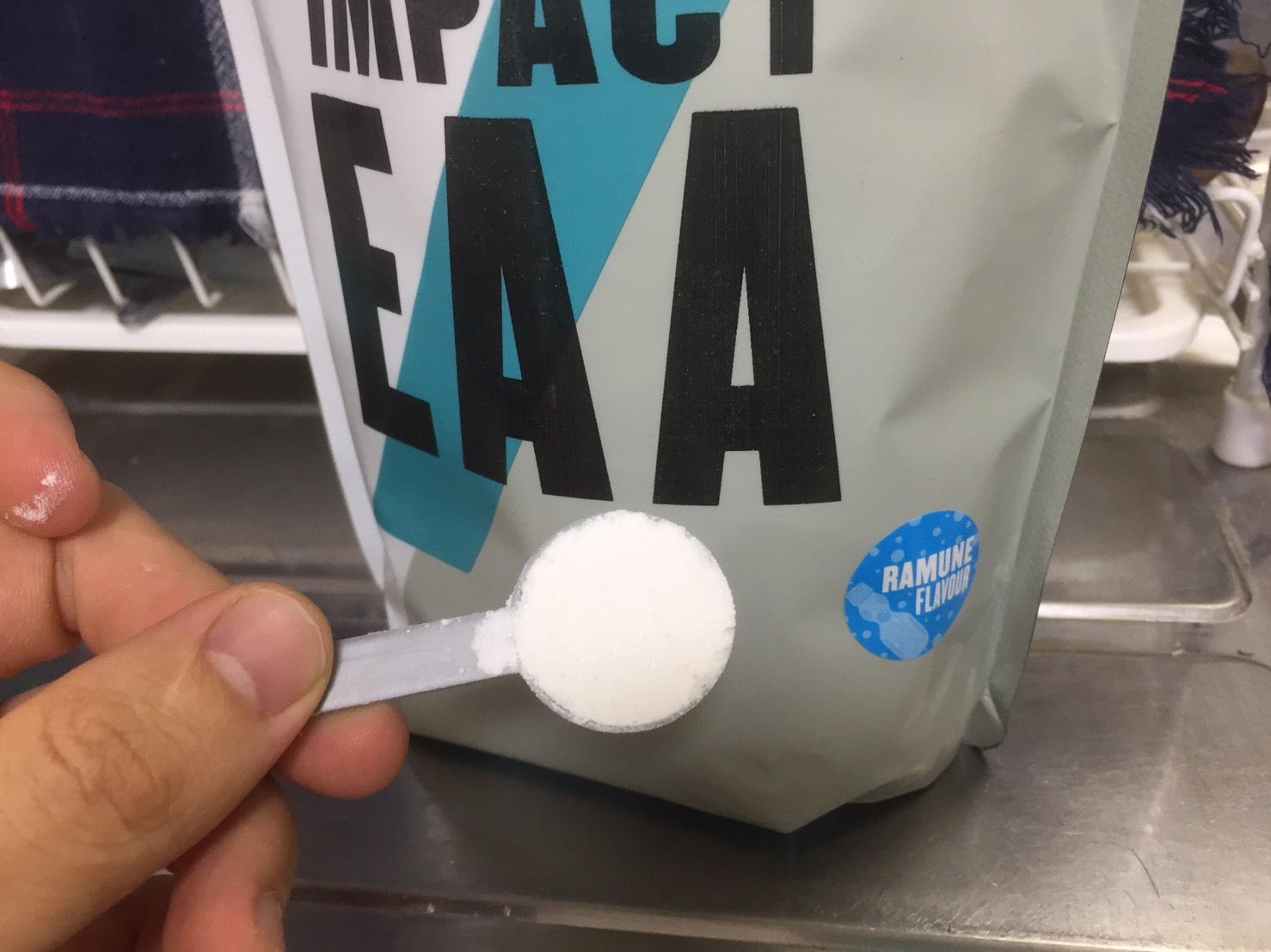 ImpactEAA「ラムネ味」の粉末をアップにした様子