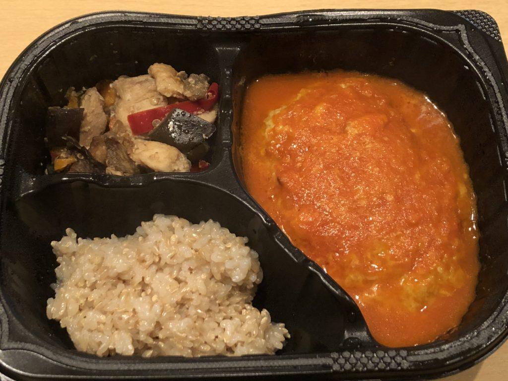 豆腐ハンバーグと味噌炒めセットの内容