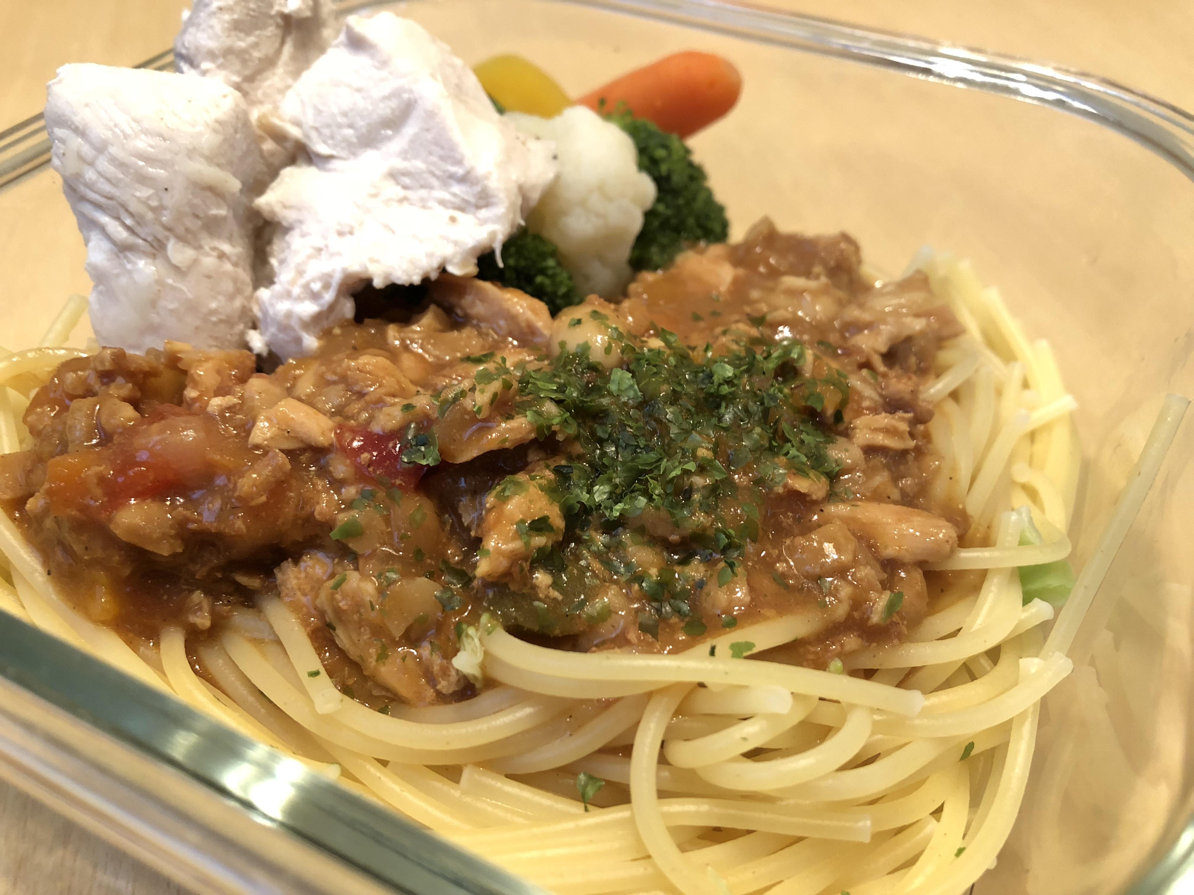 茹でた鶏肉 + コストコ冷凍野菜 + 低糖質チキンカレー(イオントップバリュ製品)