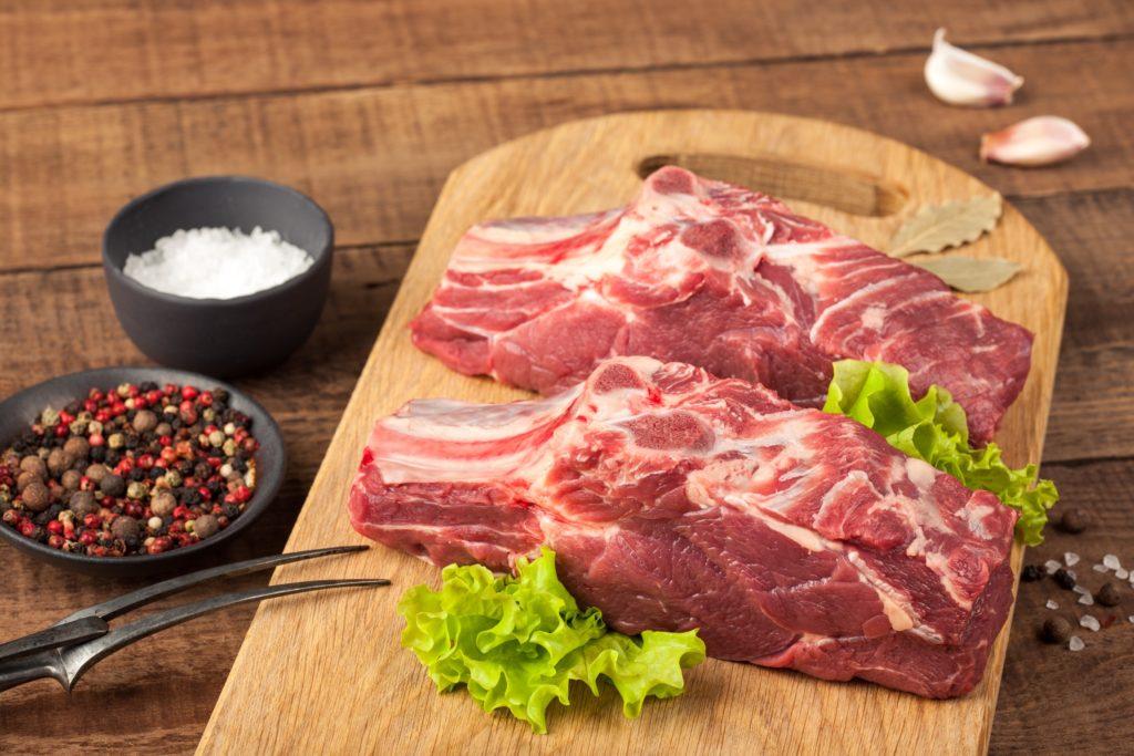 牛バラ:371kcal (タンパク質 14.4g・脂質 32.9g)