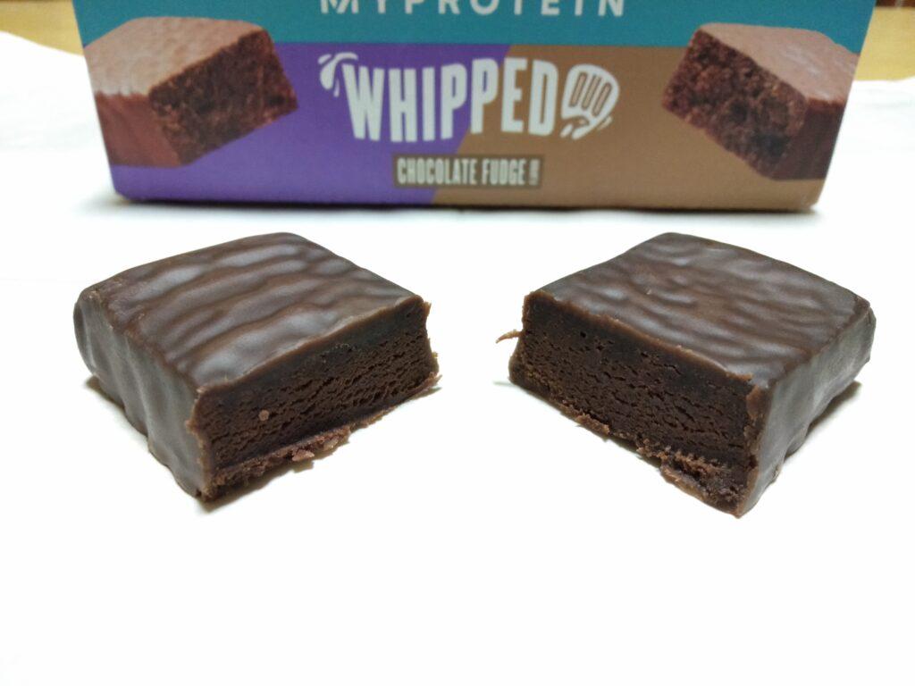 チョコレートファッジ味の断面の様子