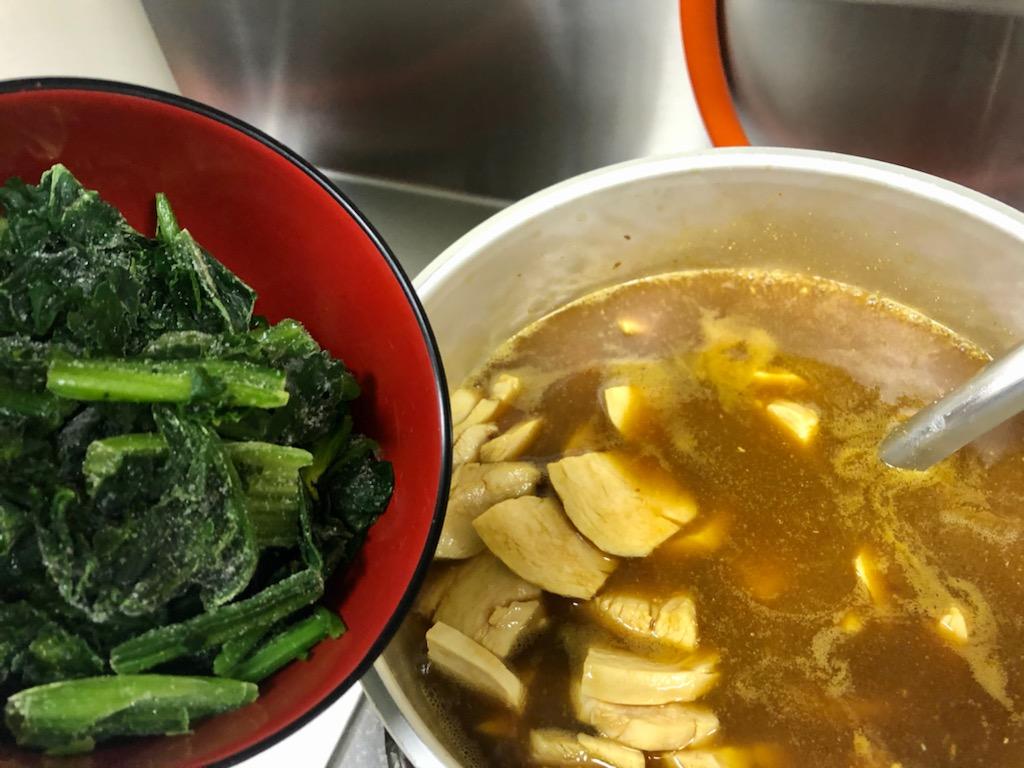 冷凍野菜を入れて時短