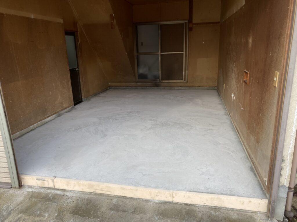 車庫の床工事